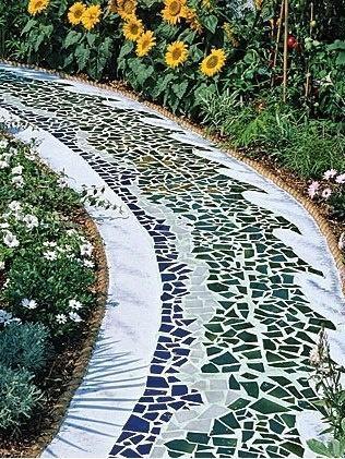 10 ідей оформлення садових доріжок